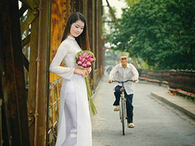 你是要娶越南新娘?還是想花錢為越南店添加新貨色?