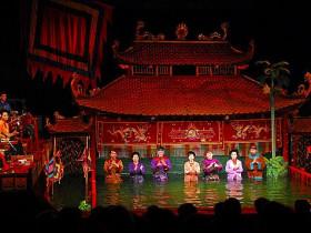 越南新娘的水上木偶戲